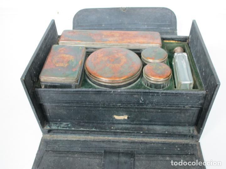 Antigüedades: Neceser de Viaje - Militar - Empuñaduras en Hueso - con Tintero, Navajas Afeitar, etc - S. XIX - Foto 46 - 194281241