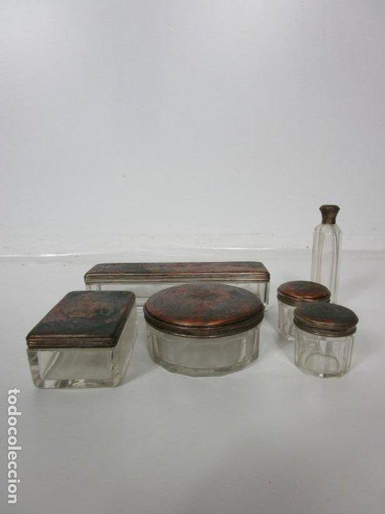 Antigüedades: Neceser de Viaje - Militar - Empuñaduras en Hueso - con Tintero, Navajas Afeitar, etc - S. XIX - Foto 51 - 194281241