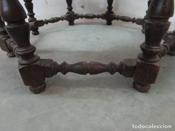 Antigüedades: Antigua Mesa de Centro - Mesa Brasero, con Pala - Madera con Tachuelas - Patas Torneadas - Foto 22 - 194320287
