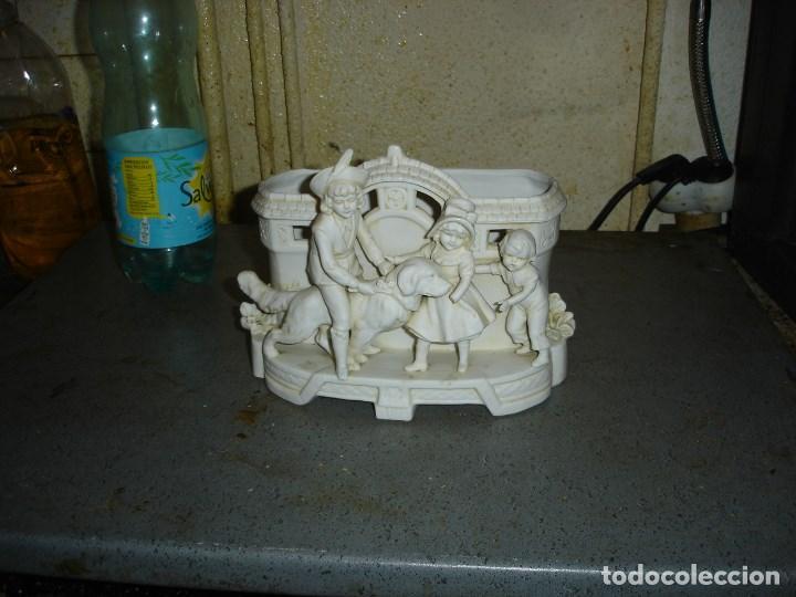 Antigüedades: muy bonito centro de mesa realizado en biscuit siglo XIX - Foto 2 - 194323031