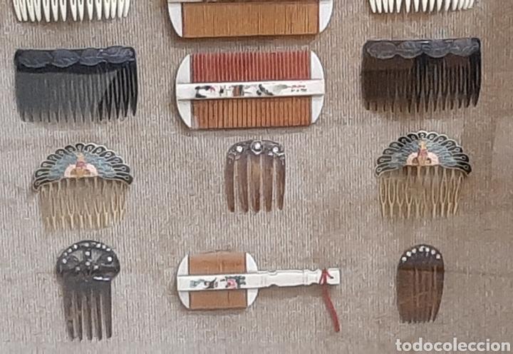 Antigüedades: LOTE DE 16 PEINES Y PEINETAS LA MAYORÍA CHINAS, DISTINTOS MATERIALES EN VITRINA EXPOSITOR. - Foto 7 - 194325682