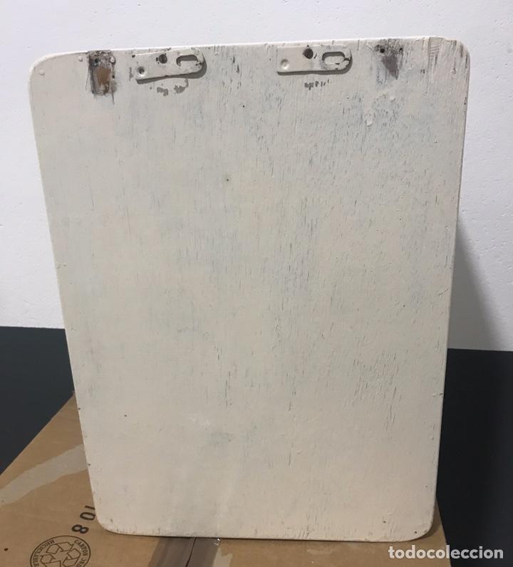 Antigüedades: ANTIGUO MUEBLE DE BAÑO CON CERRADURA - Foto 2 - 194326521