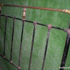 Antigüedades: CABECERO Y PIE DE CAMA EN METAL ,ANCHO 103CM X 140CM ALTURA. Lote 194327482