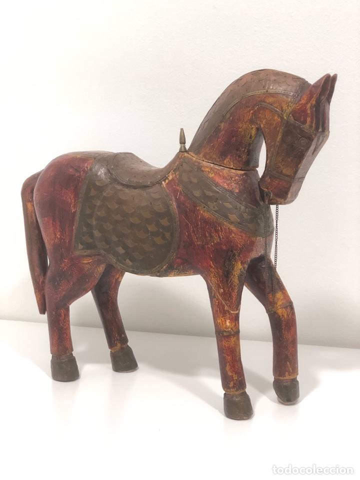 CABALLO ÁRABE DE MADERA AÑOS 50 (1.950-1.960) (Antigüedades - Hogar y Decoración - Otros)