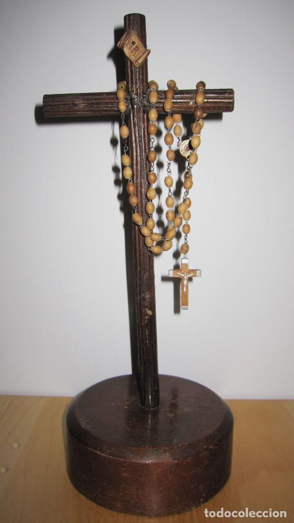 CRUZ PEANA MADERA ANTIGUO ROSARIO JERUSALEM RELIQUIA RELICARIO TIERRA SANTA (Antigüedades - Religiosas - Varios)
