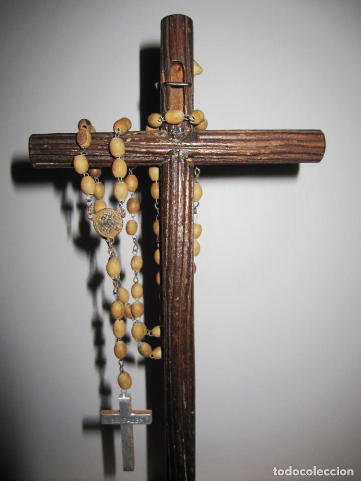 Antigüedades: Cruz peana madera antiguo rosario Jerusalem reliquia relicario Tierra Santa - Foto 14 - 194338038