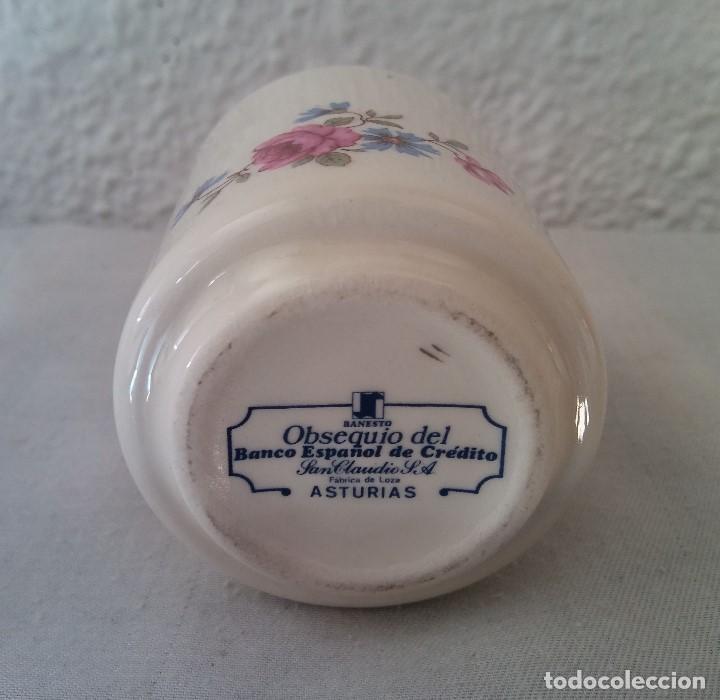 Antigüedades: Taza porcelana obsequio del Banco Español de Credito Banesto - Foto 5 - 194338053