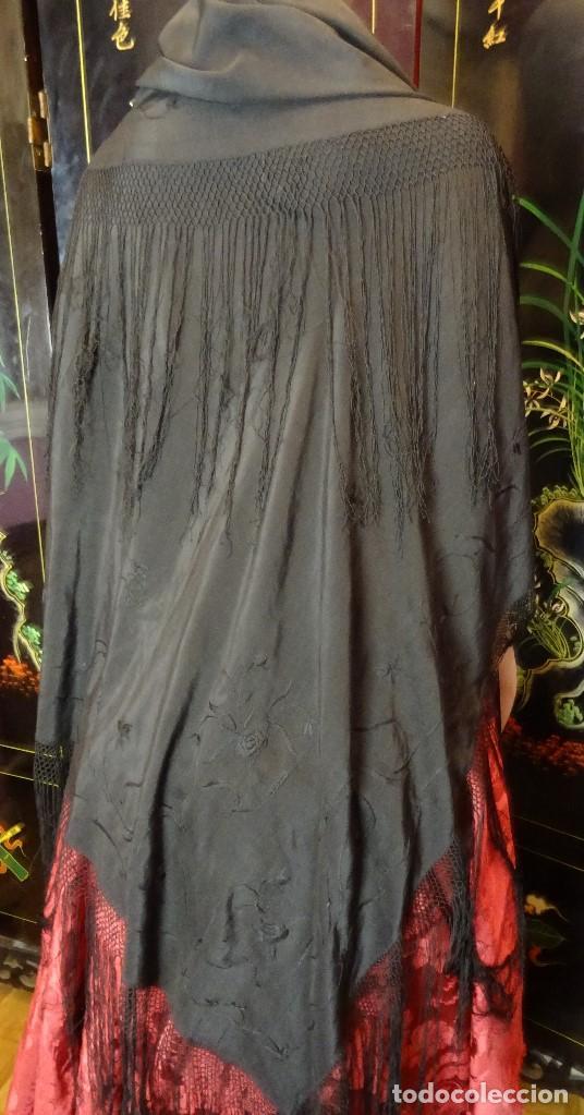 MANTON NEGRO BORDADO (Antigüedades - Moda - Mantones Antiguos)