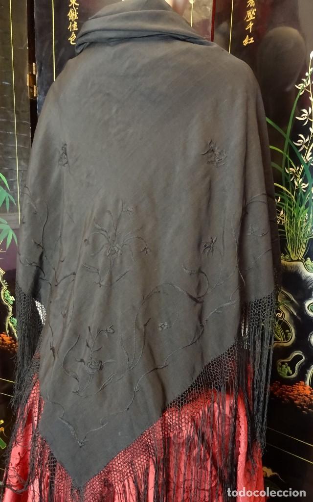 Antigüedades: Manton Negro Bordado - Foto 3 - 194345660