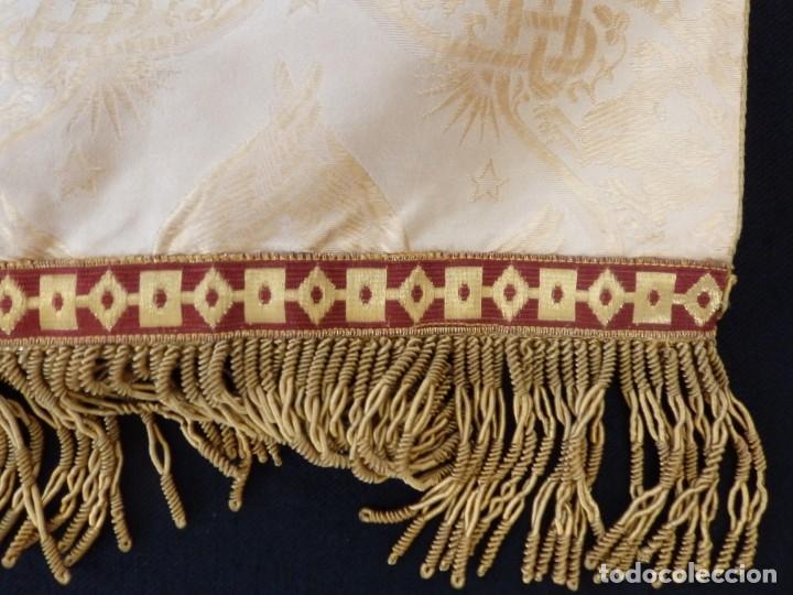 Antigüedades: Bambalinas para palio o frente de altar, confeccionadas en seda bordada con hilo de oro. Hacia 1900. - Foto 11 - 194347222