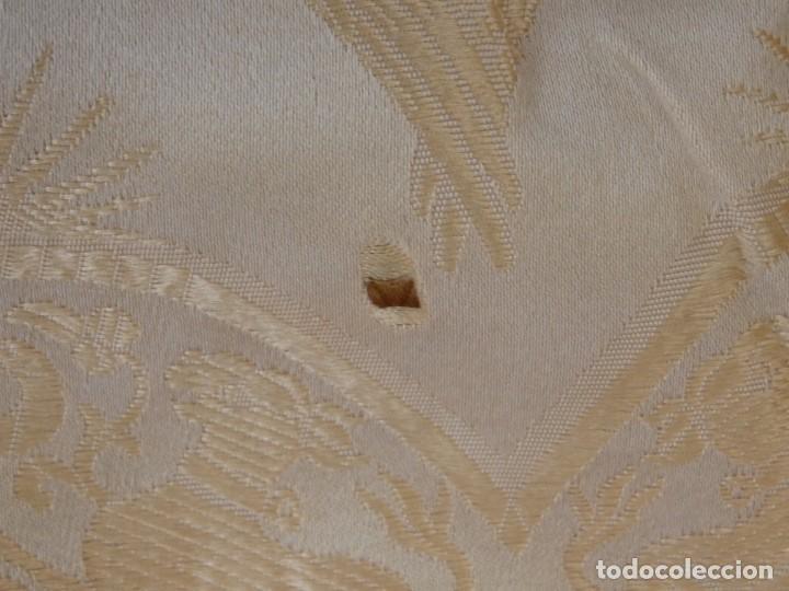 Antigüedades: Bambalinas para palio o frente de altar, confeccionadas en seda bordada con hilo de oro. Hacia 1900. - Foto 19 - 194347222