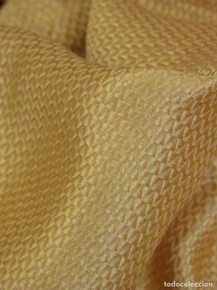 Antigüedades: Bambalinas para palio o frente de altar, confeccionadas en seda bordada con hilo de oro. Hacia 1900. - Foto 23 - 194347222