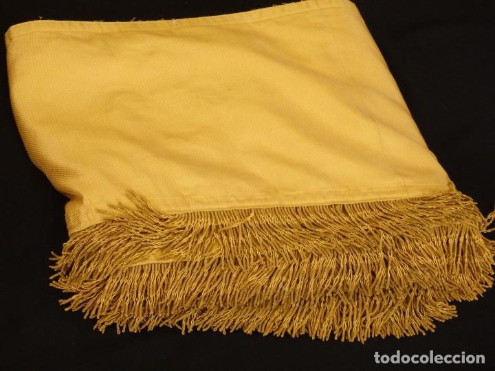 Antigüedades: Bambalinas para palio o frente de altar, confeccionadas en seda bordada con hilo de oro. Hacia 1900. - Foto 25 - 194347222