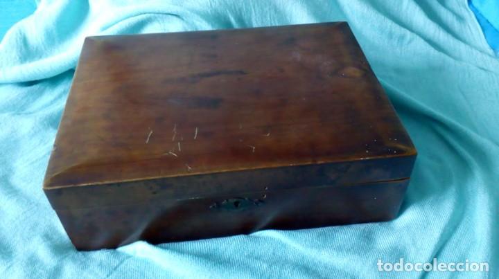Antigüedades: CAJA DE MADERA ANTIGUA CON 100 BOLILLOS ANTIGUOS - Foto 10 - 194348943
