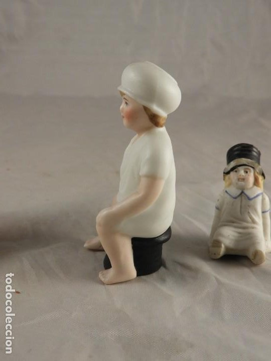 Antigüedades: GRACIOSA PAREJA DE BISCUITS O PORCELANAS COLOREASAS MUY FINAS - Foto 9 - 194348981