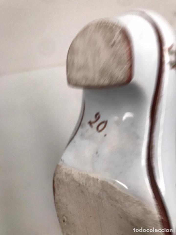 Antigüedades: Bota porcelana pintada a mano - Foto 2 - 194350103