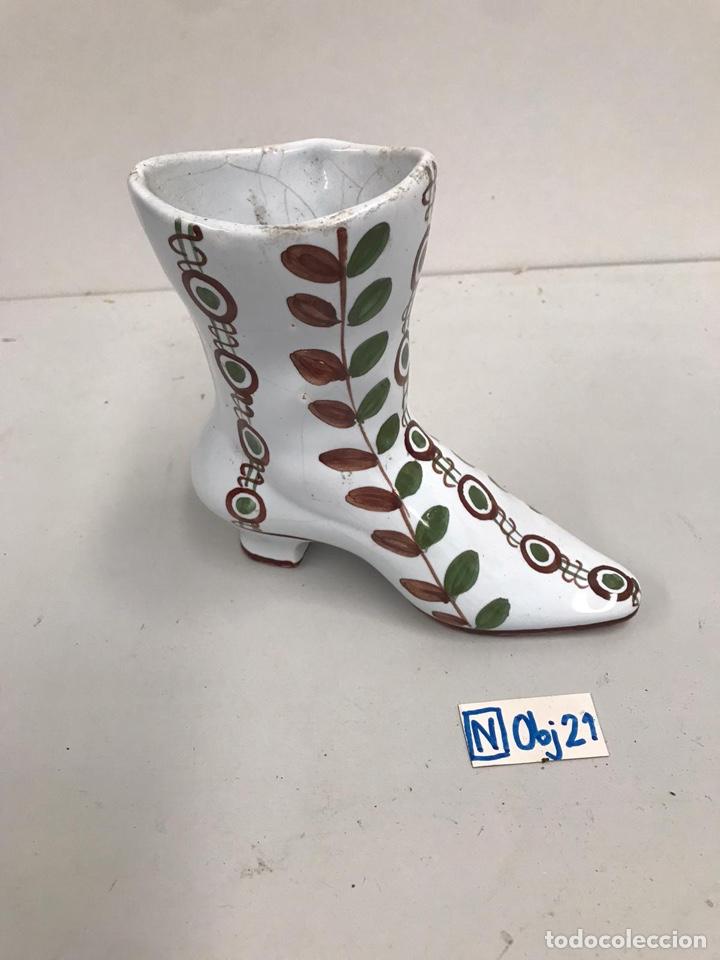 BOTA PORCELANA PINTADA A MANO (Antigüedades - Porcelanas y Cerámicas - Otras)