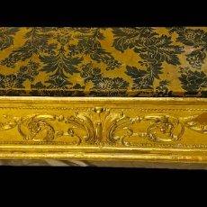 Antigüedades: ANTIGUO MUEBLE AUXILIAR, ARCA DORADO AL ORO FINO. IMPERIO. NAPOLEÓN III. 110X50X30. Lote 194354671