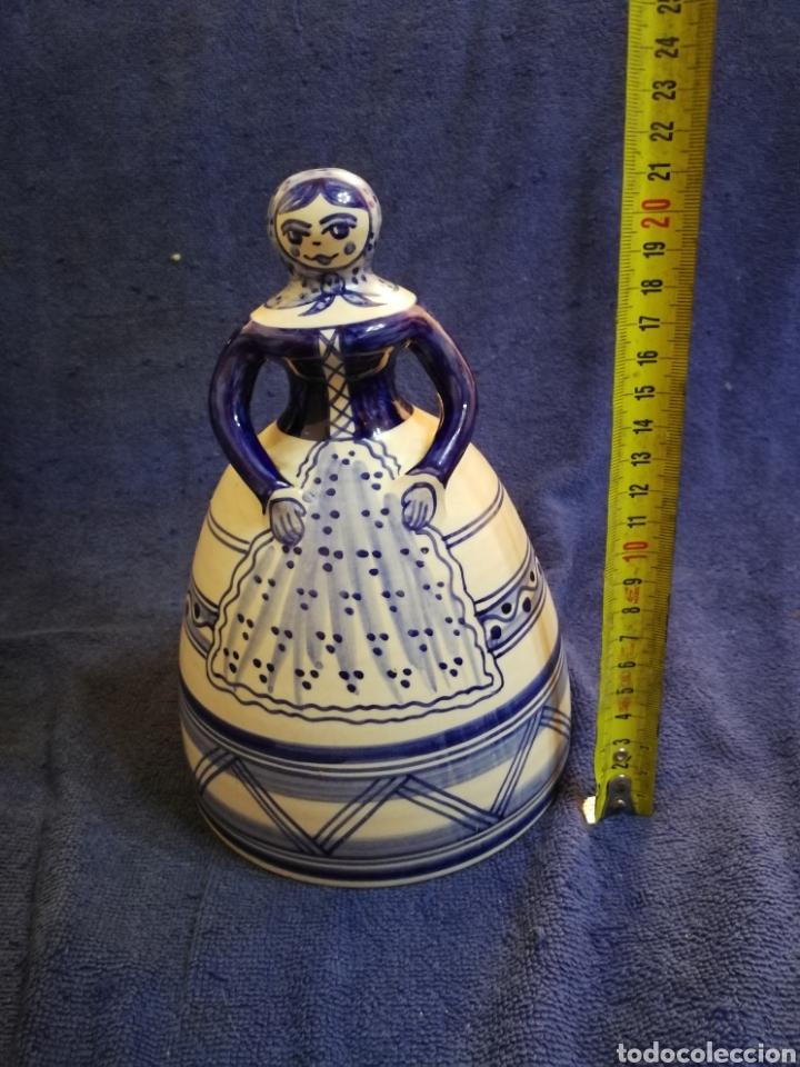 MUJER CAMPANA CERAMICA LA MENORA TALAVERA (Antigüedades - Porcelanas y Cerámicas - Talavera)