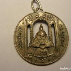 Antigüedades: MEDALLA RELIGIOSA ANTIGUA, Nª Sª DE LA CARIDAD.. Lote 194361366
