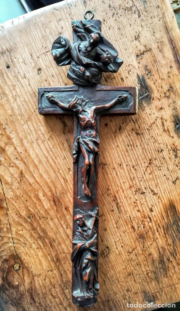 CRUCIFIJO RELICARIO DE FINALES DEL 18 (Antigüedades - Religiosas - Crucifijos Antiguos)