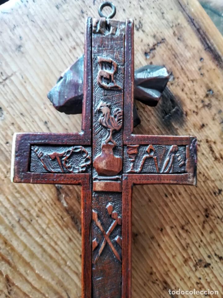 Antigüedades: Crucifijo relicario de finales del 18 - Foto 10 - 194373700