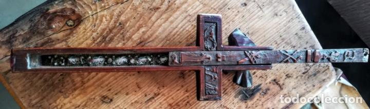 Antigüedades: Crucifijo relicario de finales del 18 - Foto 11 - 194373700