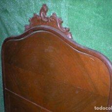 Antigüedades: CABECERO Y PIE DE CAMA EN MADERA ,ANCHO 110CM X 140CM ALTURA. Lote 194386326