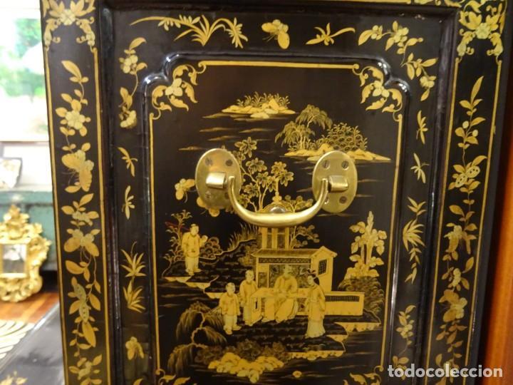 Antigüedades: Cabinet Chino, S.XVIII, lacado y dorado - Foto 40 - 194392393