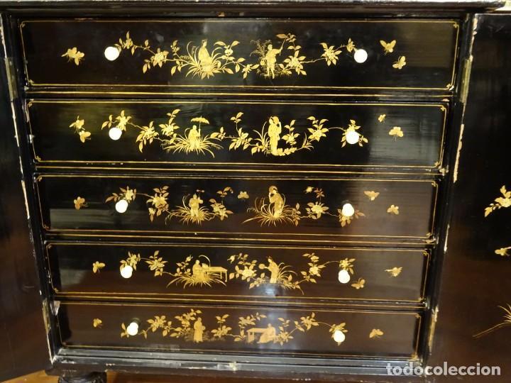 Antigüedades: Cabinet Chino, S.XVIII, lacado y dorado - Foto 52 - 194392393