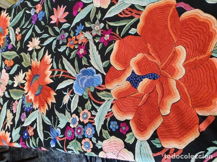 Antigüedades: Maravilloso mantón antiguo de tulipanes - Foto 2 - 194395168