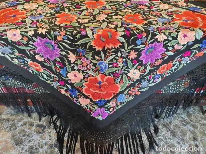 Antigüedades: Maravilloso mantón antiguo de tulipanes - Foto 5 - 194395168
