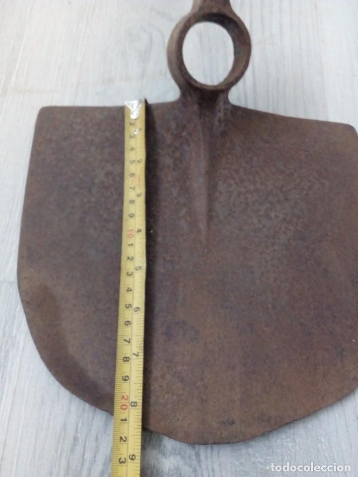 Antigüedades: AZADÓN GRANDE DE FORJA - Foto 3 - 194402711