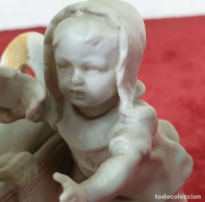 Antigüedades: MADRE CON SU BEBE. ESCULTURA EN PORCELANA. BISCUIT. ALEMANIA. SIGLO XX. - Foto 12 - 192522481