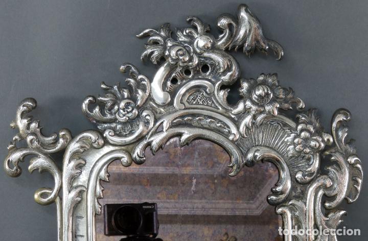 Antigüedades: Espejo con marco en plata cincelada con marcas platería Martinez hacia 1900 - Foto 2 - 194407070