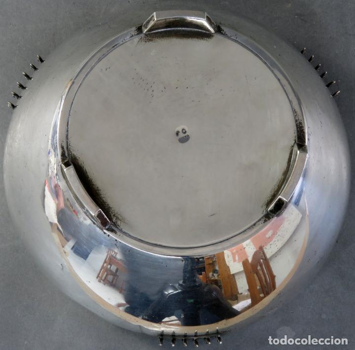 Antigüedades: Centro de mesa en plata catalana y decoración en esmalte Tortosa siglo XX - Foto 6 - 194408140