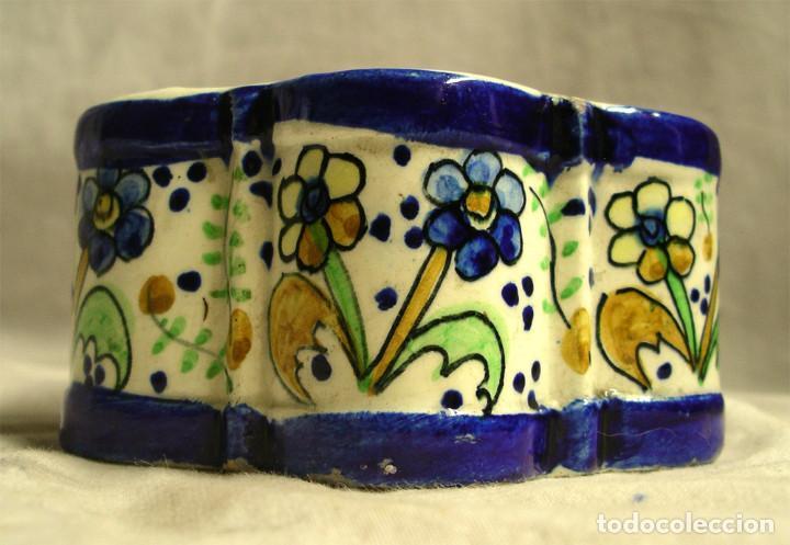 Antigüedades: Tintero S XIX porcelana Talavera forma margarita o hexagonal. Med. 13 x 6,5 cm - Foto 5 - 194487948