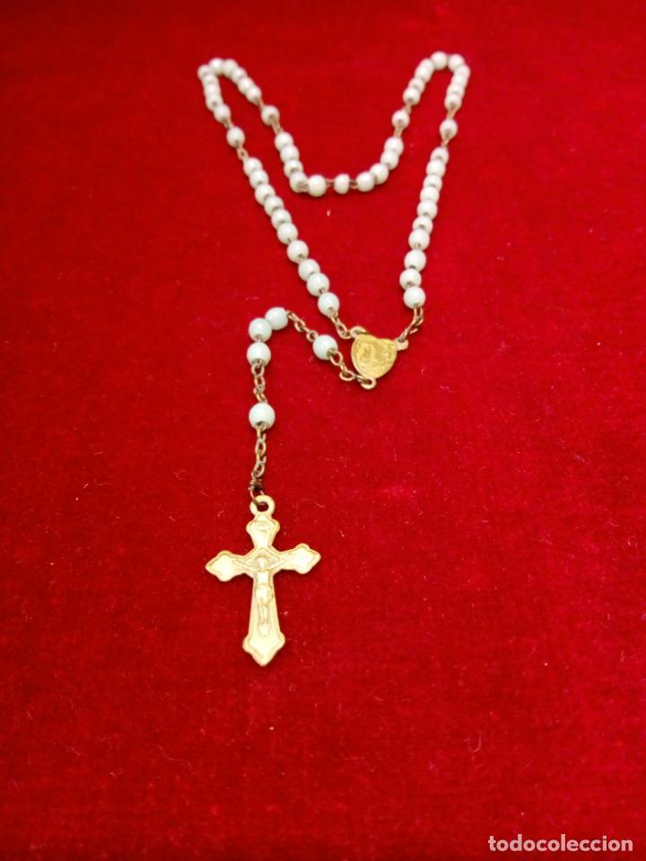 Antigüedades: antiguo rosario con cuentas de cristal con virgen de lourdes y marie concue sans peche - france - Foto 7 - 194490445