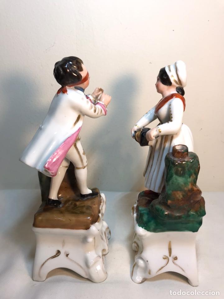 Antigüedades: 2 Figuras Porcelana- Francia- Violeteros- 18 cm - Foto 9 - 194493191