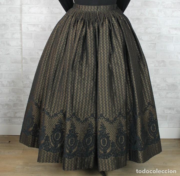 FALDA BROCADA CON CENEFA (Antigüedades - Moda y Complementos - Mujer)