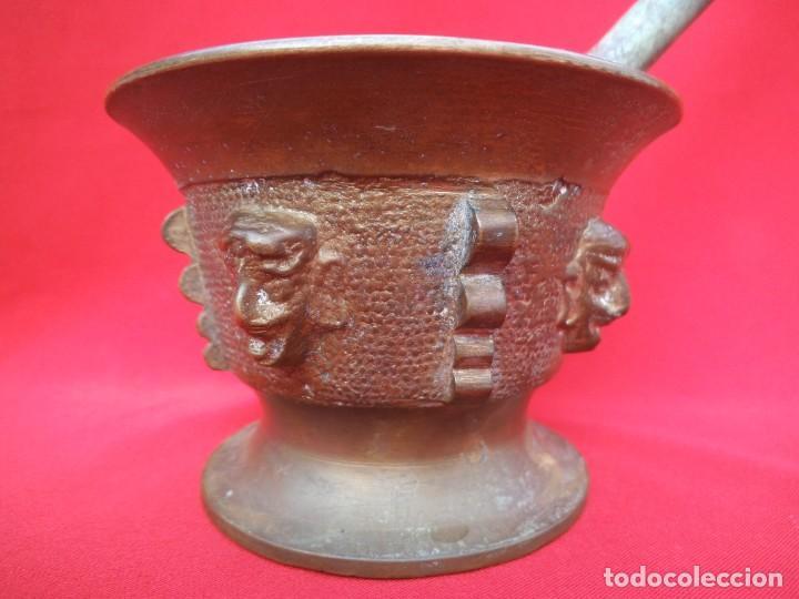 Antigüedades: BONITO ALMIREZ DE BRONCE CON CUATRO COSTILLAS y CUATRO CARAS - Foto 2 - 194501696