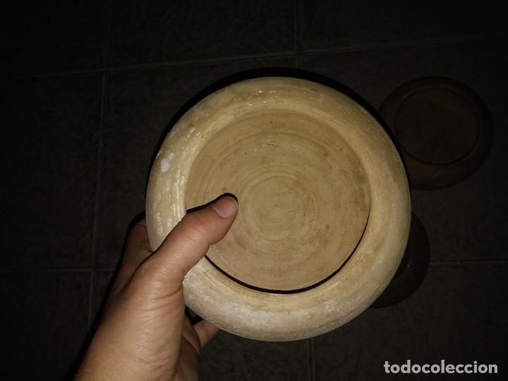 Antigüedades: 5 Cuencos ceramica para beber animales bebedero hecho mano pájaro conejo gallina corral cortijo aves - Foto 3 - 194504705