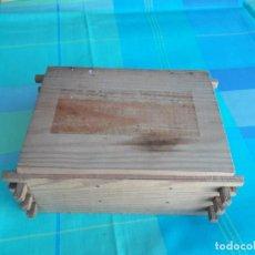 Antigüedades: CAJA DE MADERA CON COMPARTIMENTOS. Lote 194506182