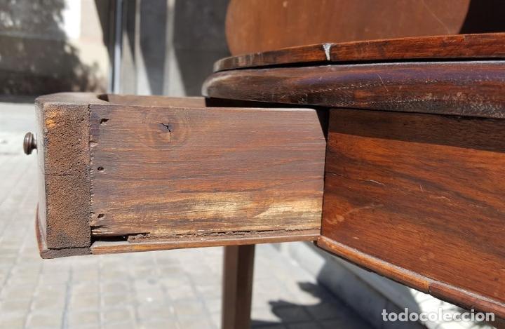 Antigüedades: PAREJA DE RINCONERAS. MADERA DE NOGAL. ESTILO IMPERIO. ESPAÑA. SIGLO XIX. - Foto 15 - 167130948