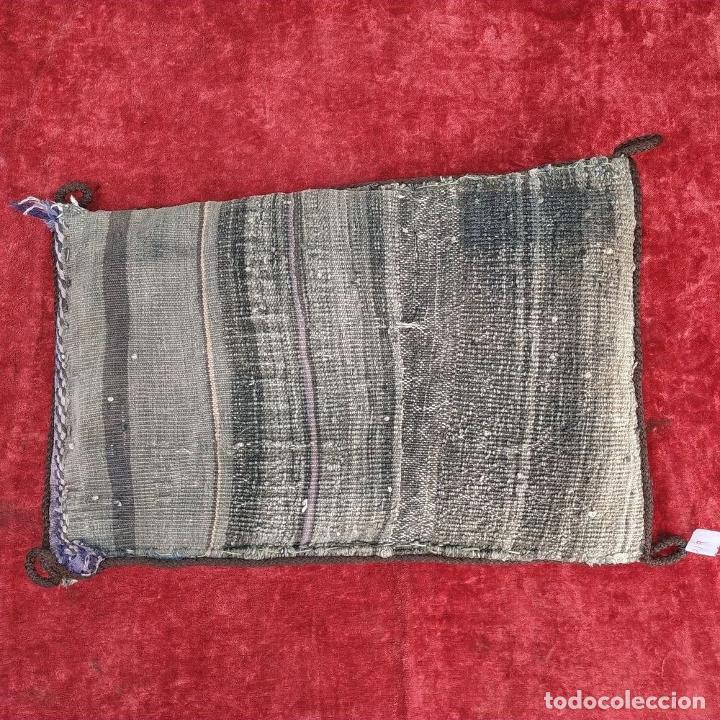 Antigüedades: BOLSA DE VIAJE. ALFOMBRA AFGANA. LANA ANUDADA A MANO. AFGANISTAN. CIRCA 1950 - Foto 14 - 168074880