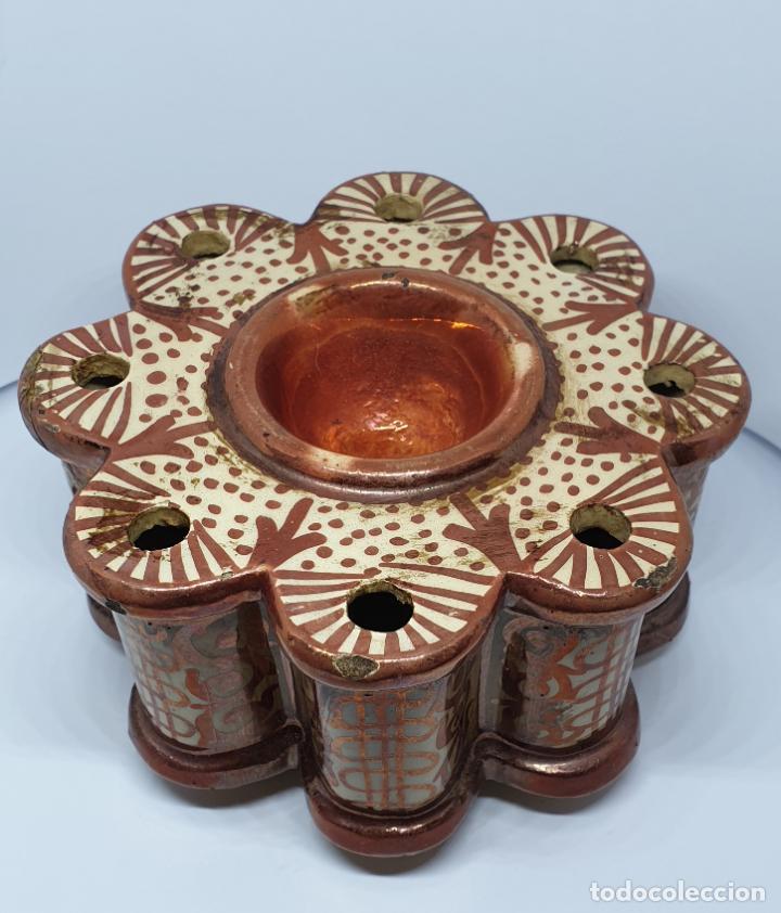 PRECIOSO TINTERO EN REFLEJOS DE MANISES,PRINCIPIOS DEL S. XX (Antigüedades - Porcelanas y Cerámicas - Manises)