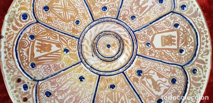 Antigüedades: PLATO DE TETÓN. CERÁMICA ESMALTADA CON REFLEJOS. MANISES. SIGLO XIX. - Foto 8 - 147424634
