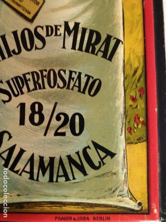 Antigüedades: FORMIDABLE CARTEL CHAPA PLANCHA ABONOS MIRAT AÑOS 30´s LITOGRAFIADA en RELIEVE - Foto 6 - 194542121