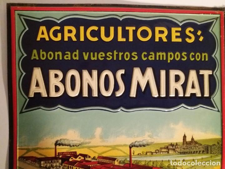 Antigüedades: FORMIDABLE CARTEL CHAPA PLANCHA ABONOS MIRAT AÑOS 30´s LITOGRAFIADA en RELIEVE - Foto 10 - 194542121