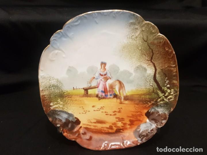 ANTIGUO PLATO S.XIX PORCELANA DE LIMOGES PINTADO A MANO. FRANCIA (Antigüedades - Porcelana y Cerámica - Francesa - Limoges)